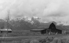 clouds-over-tetons-barn